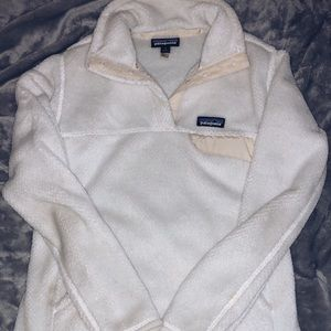 women's white patagonia pullover!! Size S